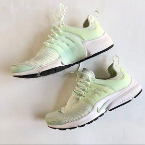 Nike mint green Air Prestos sneakers tennis shoe